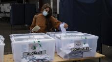 Elección de constituyentes en Chile cierra con 43 % de participación, menor al plebiscito