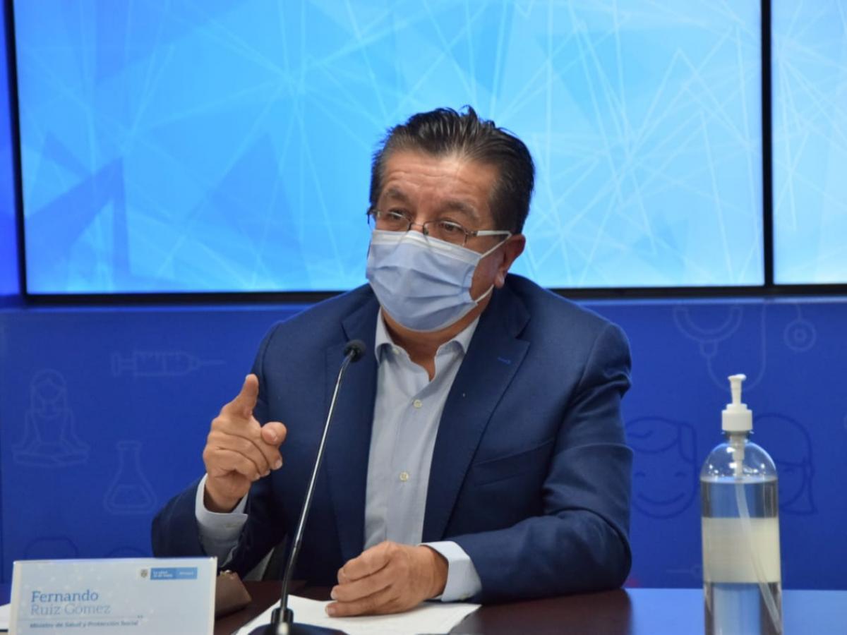 MinSalud pide evitar aglomeraciones para el 20 de julio