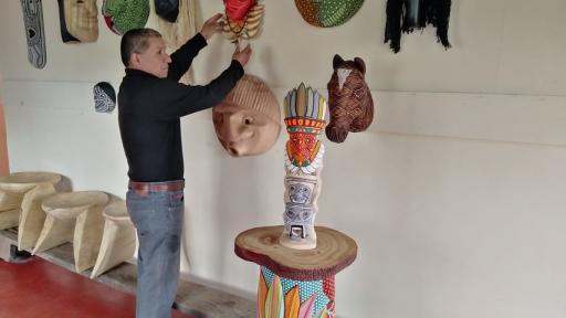 Mascaras indigenas del Putumayo en exposicion