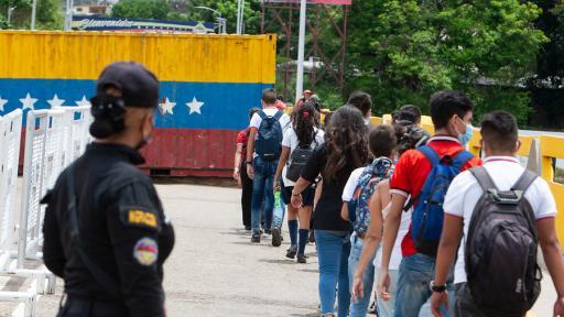 Maduro asegura que el 50 % de su población recibió vacuna Covid-19