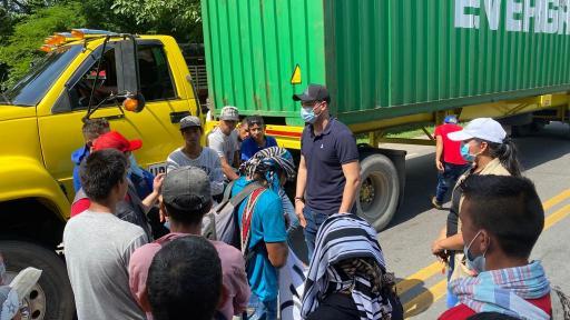 Campesinos del Cesar y N. de Santander bloquean Troncal del Caribe